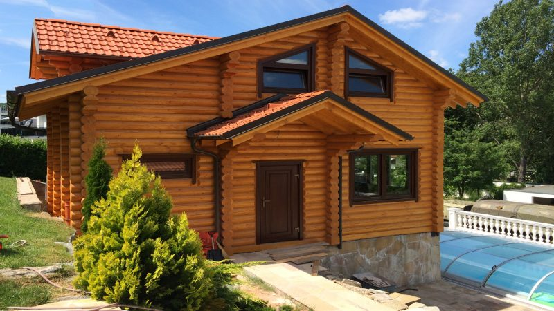 Warm wooden house in Austria log-house.com