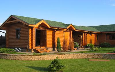 Wood cabin in Ukraine log-house.com