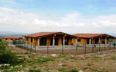 Wood cabin in Razlog, Bulgaria log-house.com